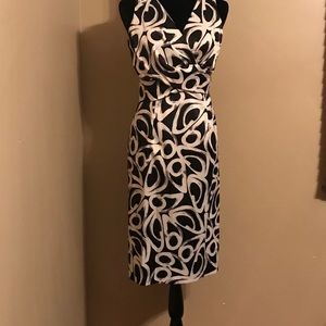 R&M Richards black and white dress size 8